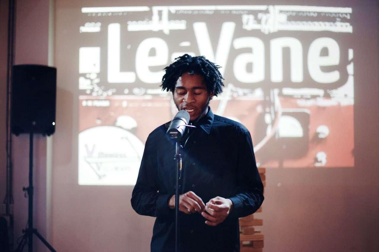 Le Vane performing Art Starter 2015